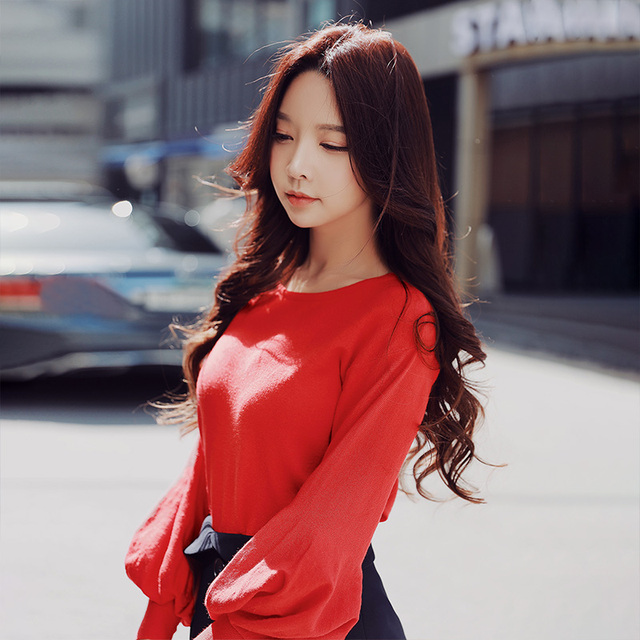 Dabuwawa Women Lantern Sleeve Casual Knitted Sweater Women Ladeis New Khaki Red Short Crop Pullovers Sweaters Tops  D18CJS063