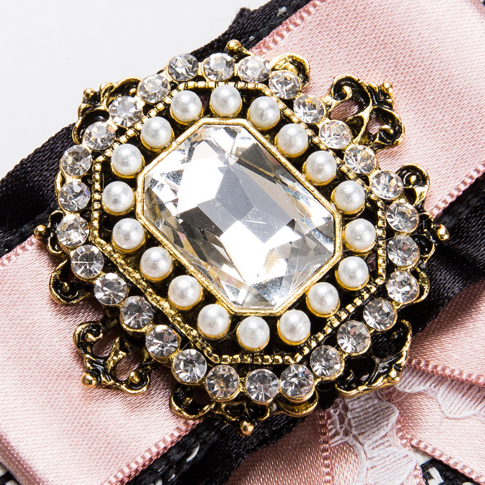 58ec39760d3 2018 Sweet Ladies Bow Brooch Pins Ribbon Lace Rhinestone Princess Corsage  Neck Tie Party Fashion Jewelry Brooches Accessories-in Brooches from Jewelry  ...