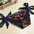 5pcs/lot Mulberry silk women's silk panties female lacing pure silk triangle panties solid color fancy