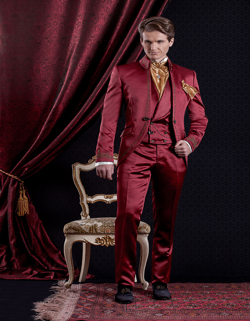 Custom Made 2019 red Mens Suits Classic style Print Wedding Suits For Men  Groom Tuxedos 3 Piece Suit (jacket+pants+vest) 22d148aea3b7