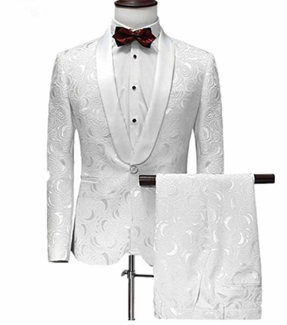 60c6f3a8c47dd Los hombres traje un botón blanco Jacquard traje con pantalones de esmoquin  cuello traje de boda