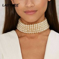 LADYMEE Fashion Statement Jewelry Chunky Chain Fake Pearl Choker Colar Short Necklaces Collares Wholesale Ladies Chocker