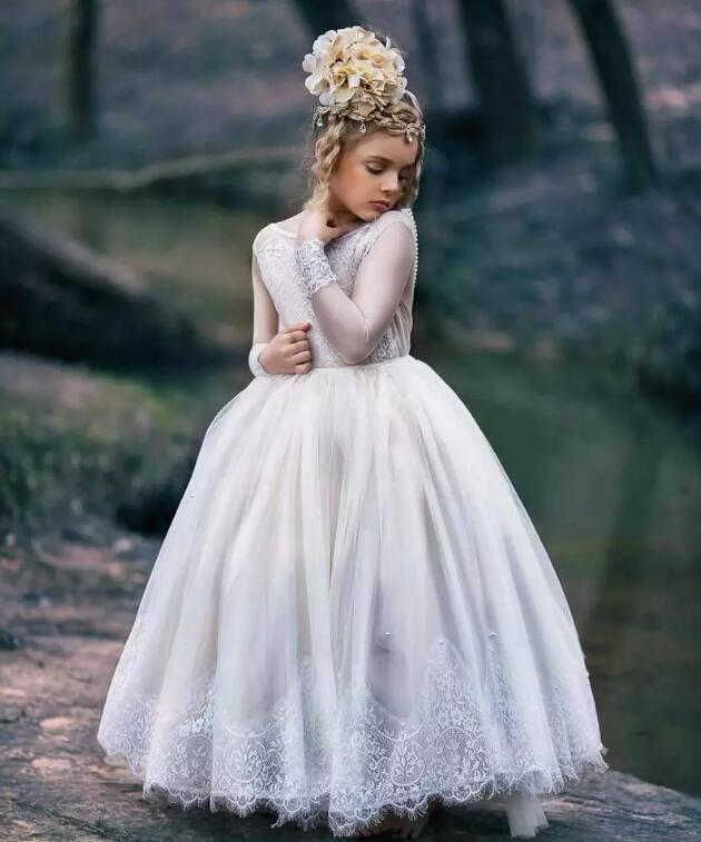 Vintage Lace Applique Ball Gown Flower Girl Dresses For Weddings Little Girls Pageant Dress With Long Sleeves Ankle Length vintage flower girl dresses for wedding jewel neck ankle length girls pageant gown with lace beaded sash backless communion gown
