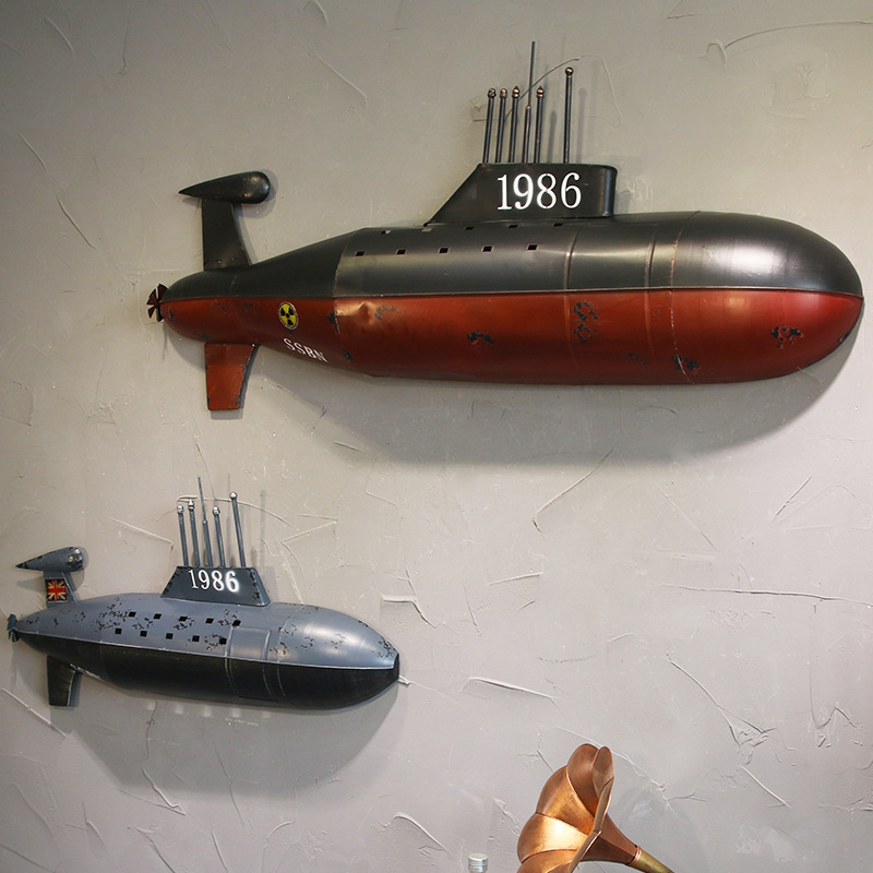 Retro Old Wrought Iron Murals Figurine Submarine Wall Decoration Bar Cafe Nightclub For Wall Decoration Ornaments