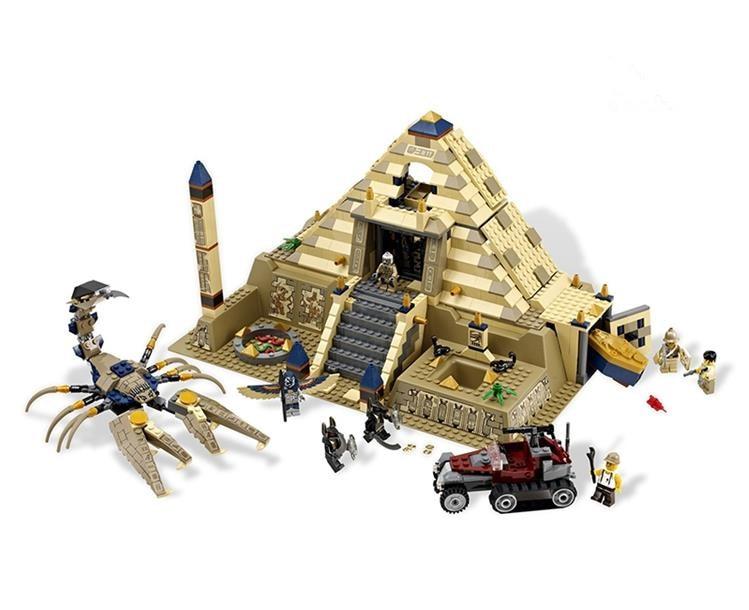 Lepin 31001 822Pcs Egypt Pharaoh Series The Scorpion Pyramid Children Educational Building Blocks Bricks Toys Model Gifts 7327 lepin 31001 egypt pharaoh series the scorpion pyramid 827pcs educational building blocks bricks toys for children gifts 7327