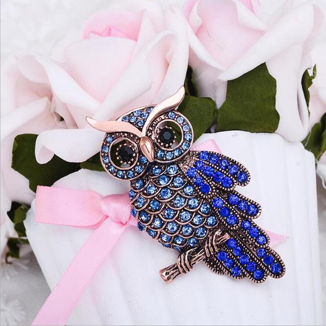 Retro Owl Rhinestone Brooch