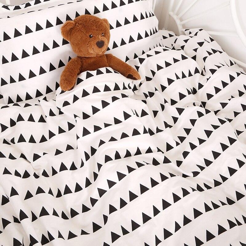 (2 Stücke Ein Satz) Anpassen Baby Bettwäsche Set Baby Quilt Abdeckung Und Kissenbezug Kinder Baumwolle Duvet Abdeckung Schwarz Und Weiß Stil