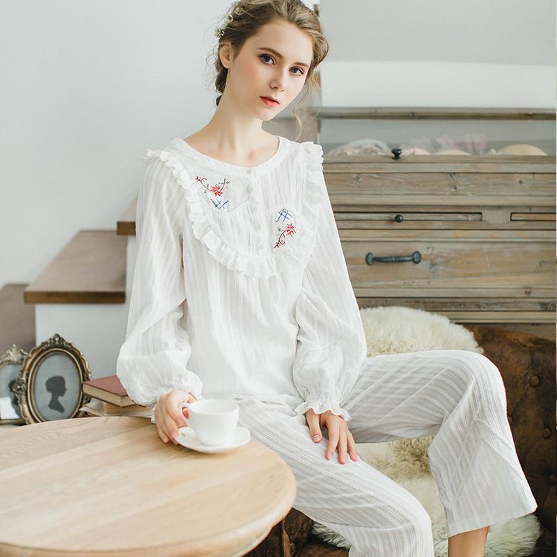 RenYvtil pyjamas ensembles femmes été hauts et pantalons pyjamas ensemble bouton brodé costume doux maison porter 2 pièces livraison directe