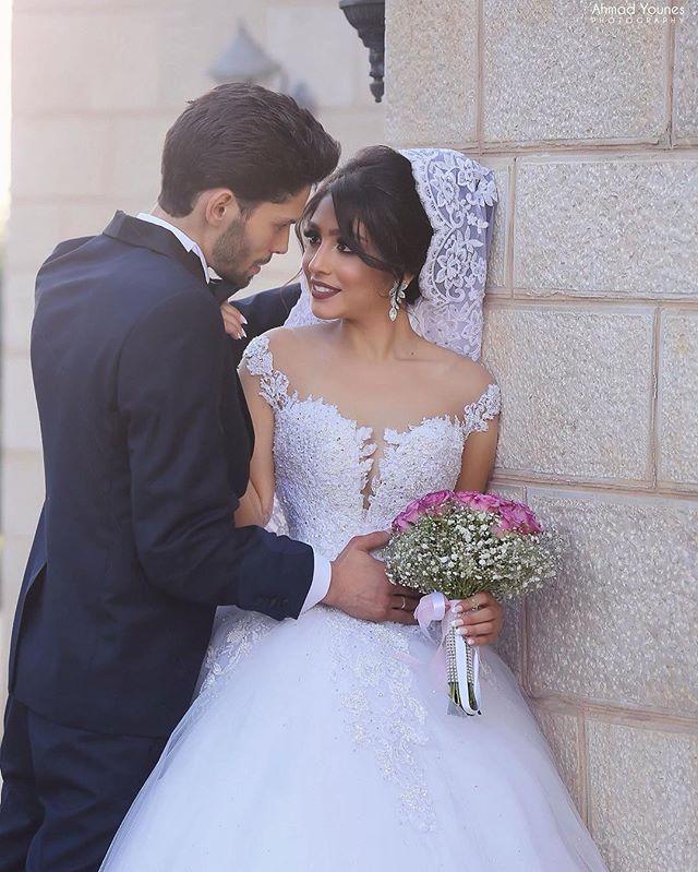 Plus Size Long Sleeve Saudi Arabic Applique Lace Wedding Dress Ball Gown Chapel Train Vintage Vestido De Noiva With 3M Veil