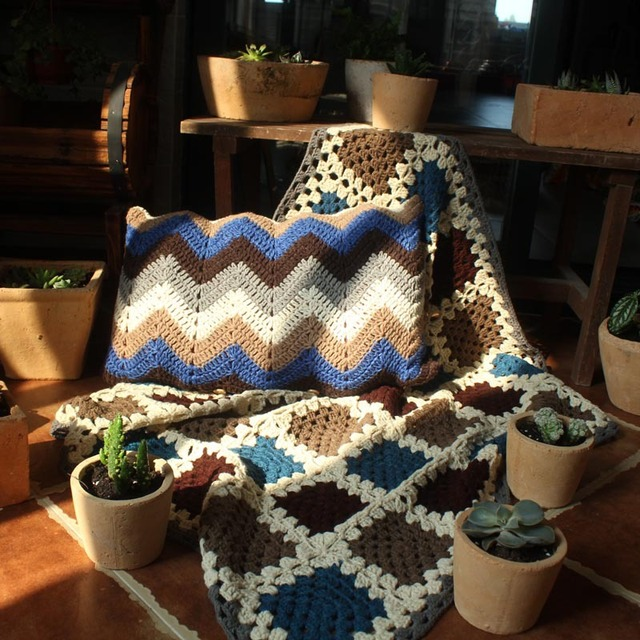 New Arrival!The wave pattern crochet cushion Handmade knit bed/sofa ...