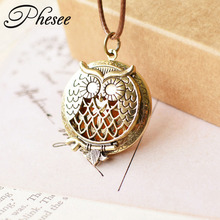 Phesee Vintage Owl Pattern Pendant Necklace Hollow Out Essential Oil Diffuser Pendant Long Necklace Jewelry Gift for Women Men