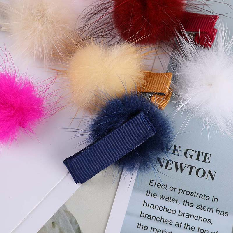 Girls Hairpins With Small Lovely Soft Fur Pompom Mini Ball Gripper Hairball Hairclips Children Hair Clip Hair Accessories