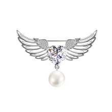 Gorgeous Classic Temperament Copper Brooch Angel Wings Pearl Pin Backpack Dress Jewelry Accessories High Quality