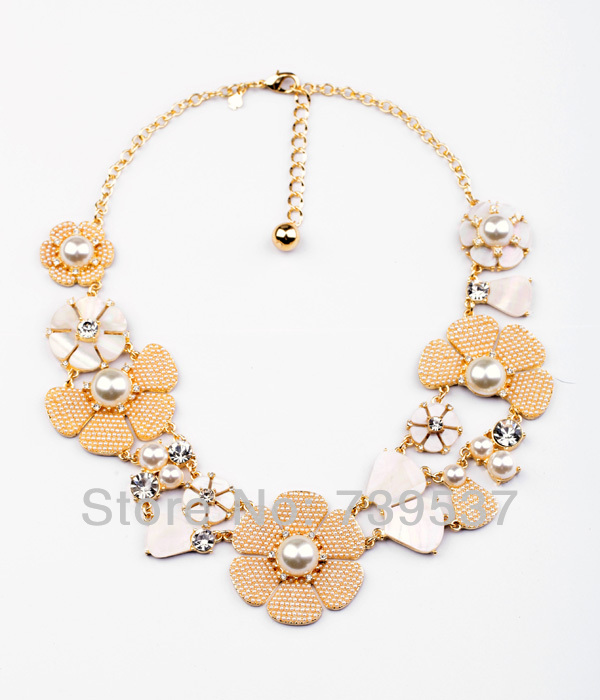 Xl00538 Shell Made Elegant Wedding Accessory Pearl Beads Floral Cluster Bridal Necklace 2015