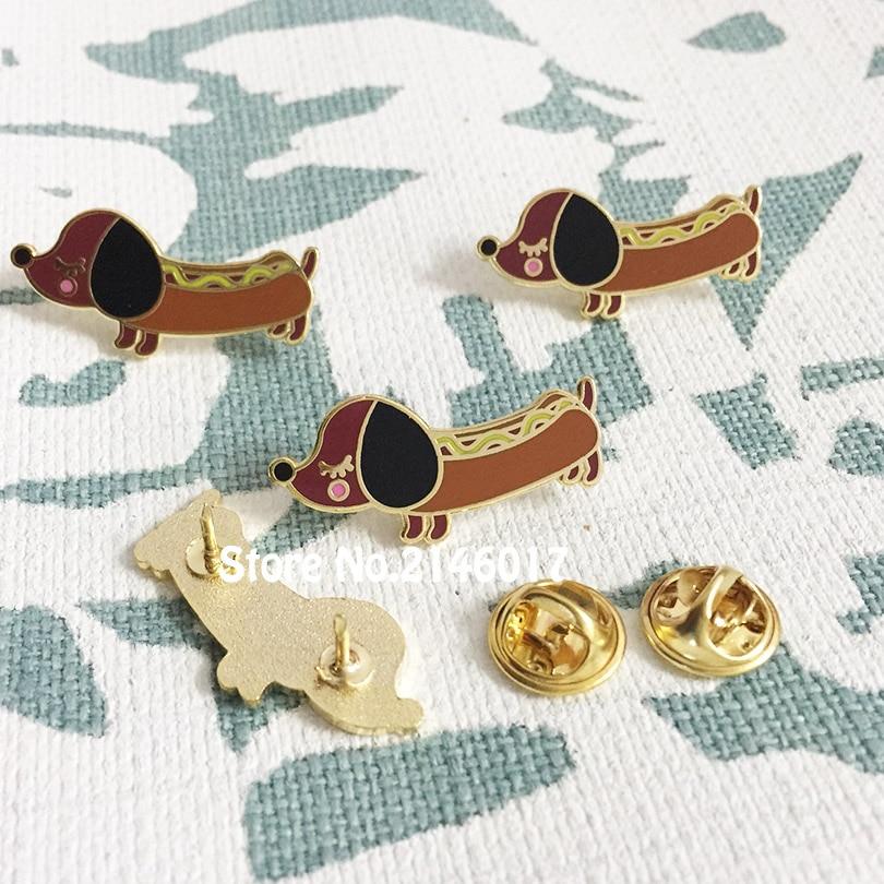 50 sztuk niestandardowe emalia szpilki i broszka metalowe rzemiosło fajne 30mm Diggity Cute Dog klapy Pin Wiener jamnik Hot doggy odznaki w Broszki od Biżuteria i akcesoria na  Grupa 1
