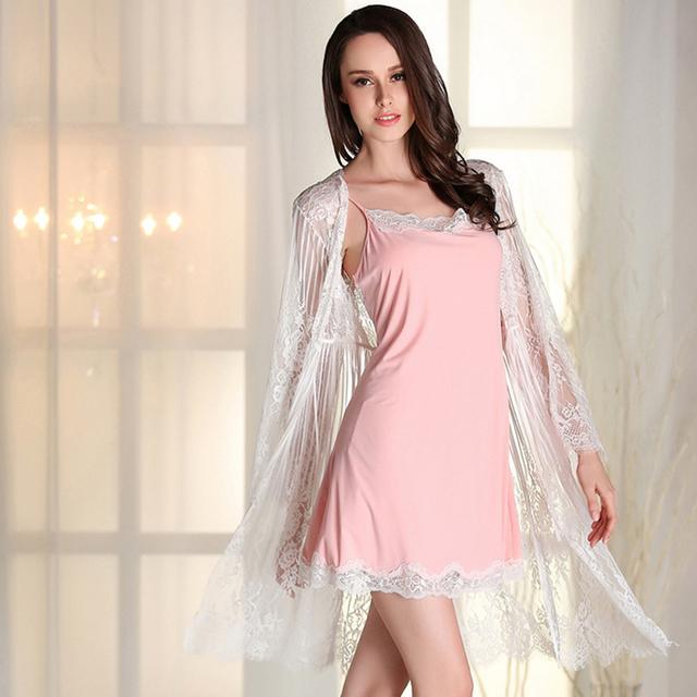 2017 Costuras de la Ropa Interior de Encaje Pijama Sexy Camisón de La Falda Mujeres Albornoz Bata De Casa ropa de Dormir Servicio Floral Noche Bata Loungewear