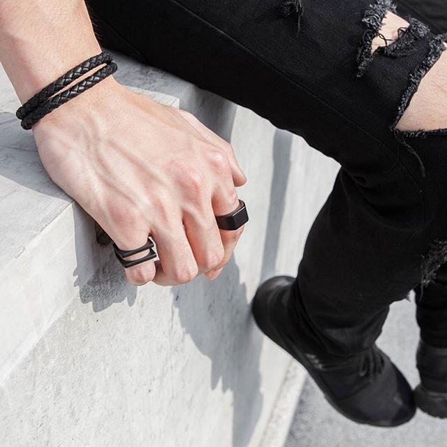 Fashionable Leather Bracelet for Men