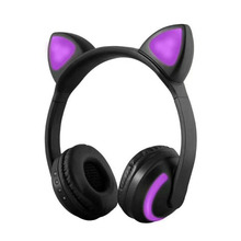 Free delivery headwear wireless Bluetooth headset will be flashing light, suitable for mainstream electronic devices in the mark