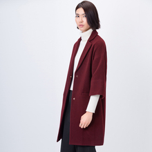 Фотография Amii Casual Women Woolen Coat 2017 Winter Drop-shoulder Turn-down Colla Half Sleeve Female Wool Blends
