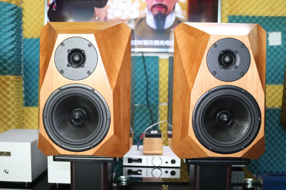 US $340 0 |6 5 inch Real wood bookshelf speaker chassis/case/cabinet finish  version: Seas E0006 06 + Seas H1571 08-in Amplifier from Consumer