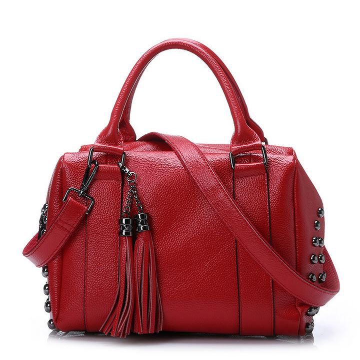 ФОТО New Fashion Genuine Leather Bag Women Messenger Bags Vintage Cow Leather Women Tassel Bags With Rivets At Sides Bolsa Feminina
