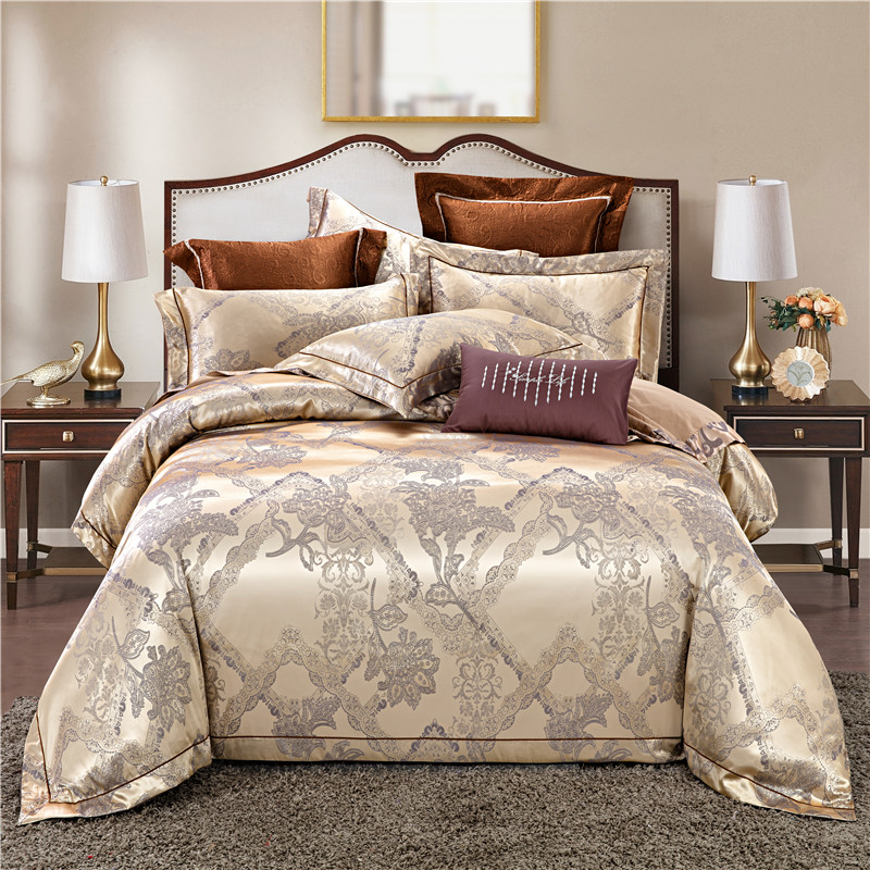 4Pcs Queen King size Silky Satin Duvet cover Jacquard style All Season Bedding Set Luxury Bed sheet Fitted sheet Pillow shams4Pcs Queen King size Silky Satin Duvet cover Jacquard style All Season Bedding Set Luxury Bed sheet Fitted sheet Pillow shams