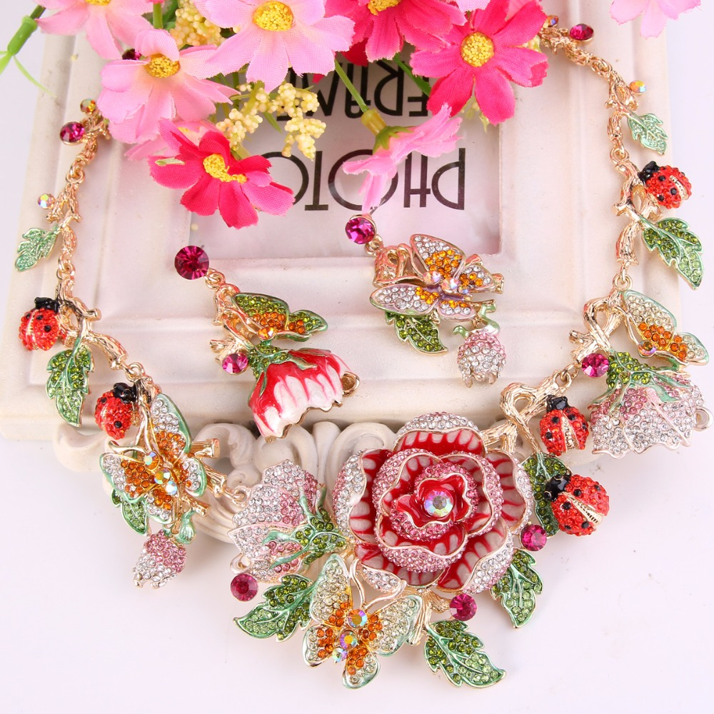 Bella Fashion Rose Flower Necklace Earrings Set Austrian Crystal Butterfly Ladybug Animal Insect Jewelry Set Party Jewelry Gift цена 2017