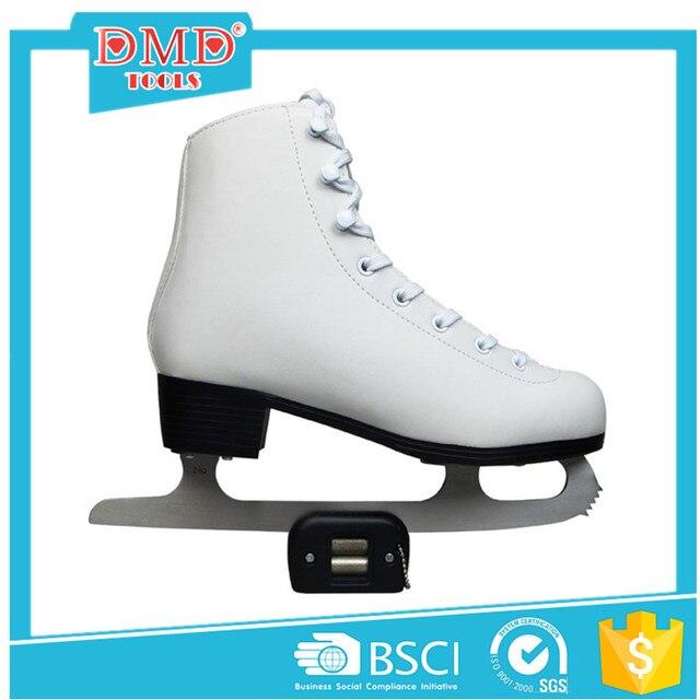 Skate-Held
