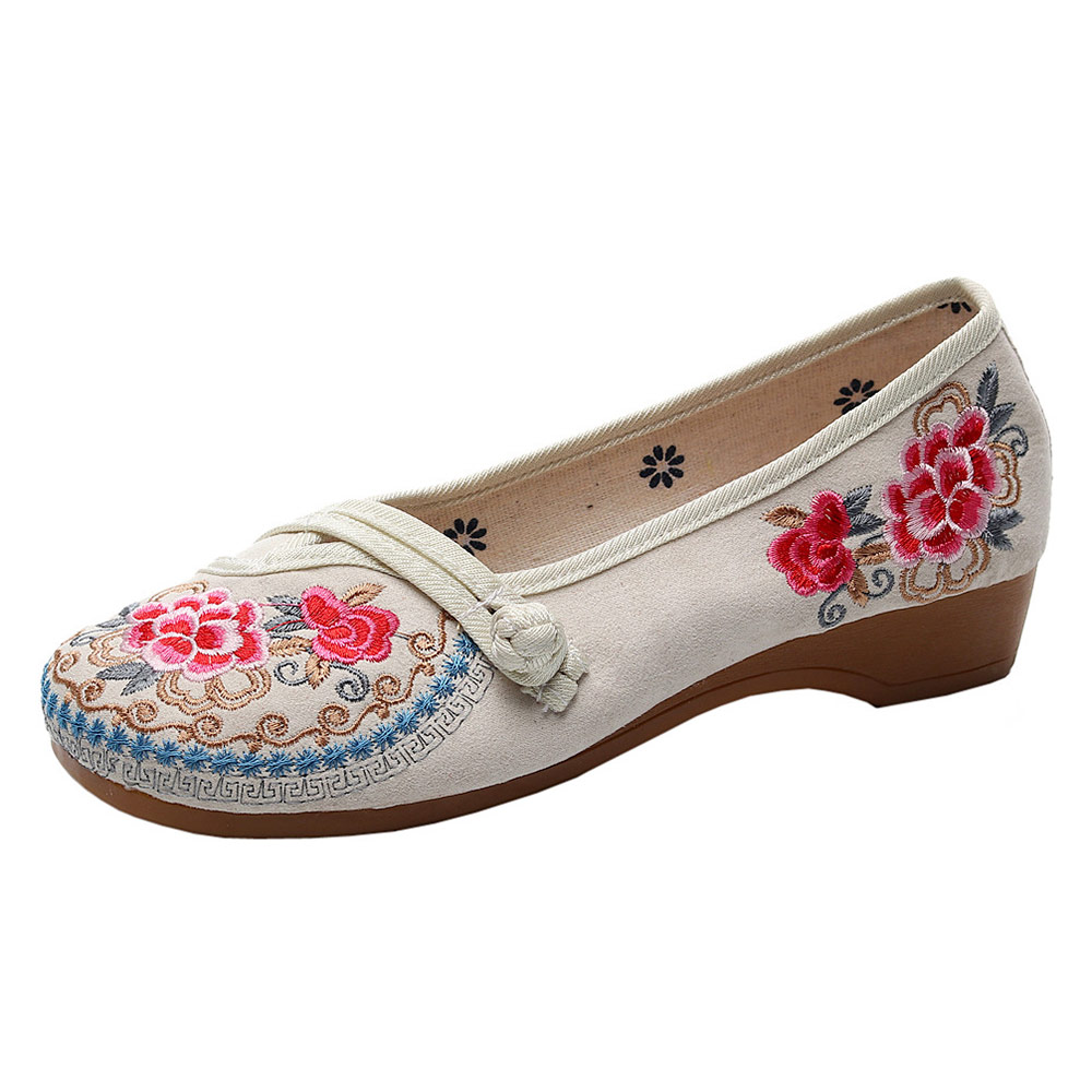 Image 3 - Veowalk Vintage Embroidered Women Canvas Old Beijing Shoes Ladies Casual Slip on Ballet Flats Chinese Style Dance Costume ShoesWomens Flats   -