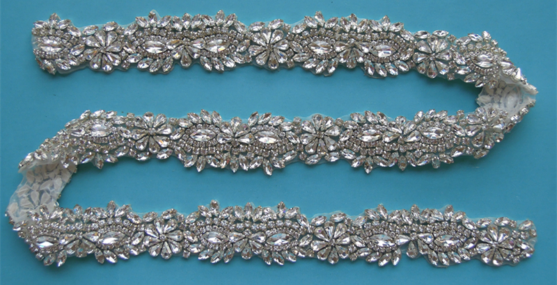 (10 YARDS) Wholesale bridal beaded silver crystal rhinestone applique trim iron on for wedding evening dress sash WDD0381