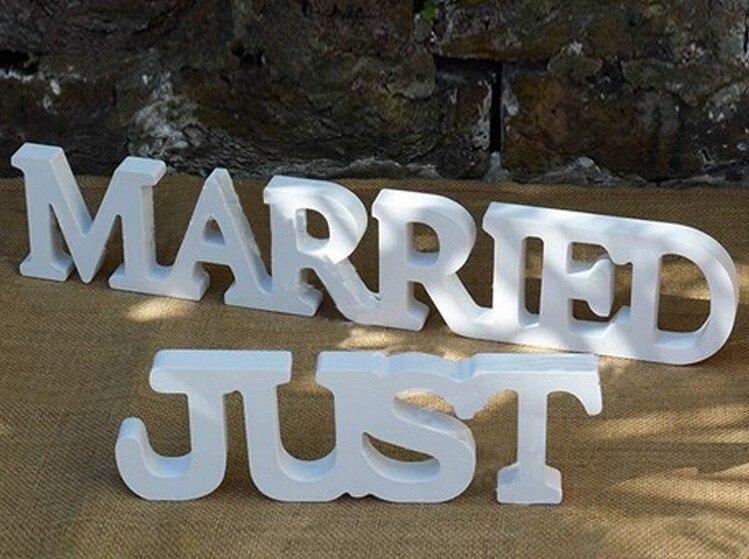 Свадебные украшения стола Just Married Mr & Mrs свадьба знак буквы деревянные ремесла украшения свадьба реквизит фотографии