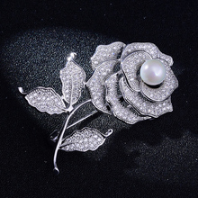 Elegant Rose with Pearl Wedding Brooch Pin Luxury Crystal Brooches for Bridal Bouquet Flower Pins Engagement Accessory Jewelry