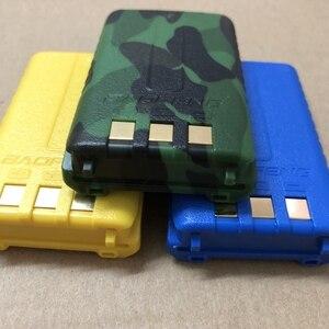 Image 4 - Baofeng UV 5R 무전기 용 리튬 배터리 1800mAh 블랙 카모 컬러 BL 5 양방향 라디오 액세서리 사용 baofeng UV 5RA 5RE 5RPLUS