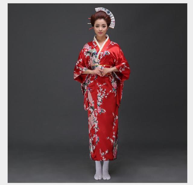 [Image: Traditional-Women-Sexy-Satin-Kimono-Yuka...40x640.jpg]