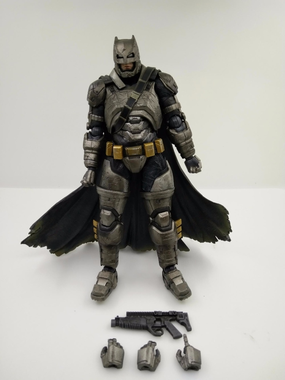 Dawn of Justice Play Arts Kai Batman Figure Armor PVC Action Figure Toys 27CM Movie Model Heavily-armored Bat Man Playarts Kai free shipping 10 pa kai batman v superman dawn of justice super man boxed 25cm pvc action figure collection model doll toy gift