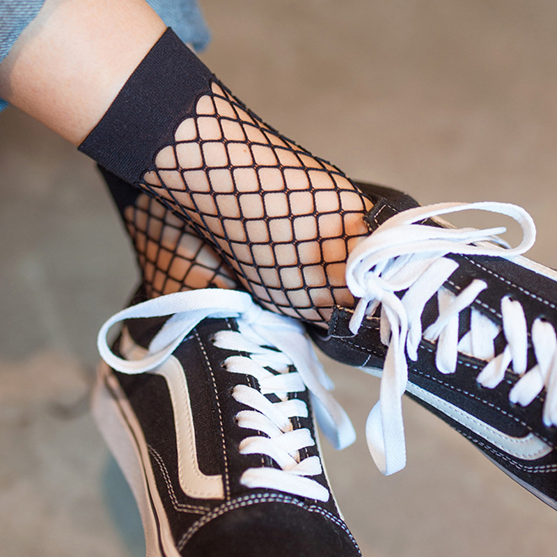 2018 Mesh Chaussette femme Sexy Meia Sokken In The Net Fishnet Sock Kapron Paragraph Hollow Ankle Women's Socks Meias Calcetines