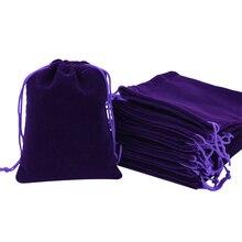 100 sztuk/partia 8*10cm torby do pakowania biżuterii wysokiej jakości miękkie Christmas Wedding Velvet sznurek torby na prezenty i torebki czarny/czerwony/niebieski
