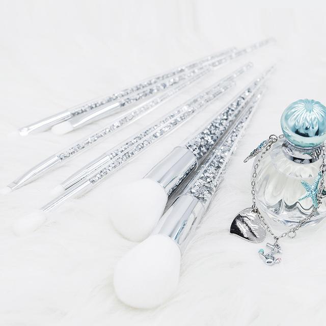 7 Piece Silver Diamond Makeup Brush Set