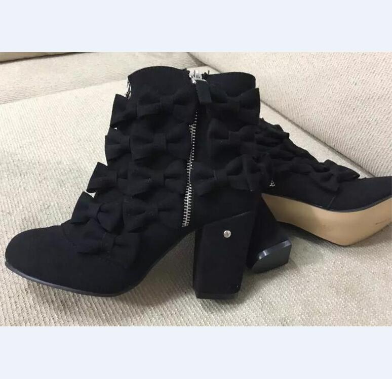 New Fashion Black Appliques Butterfly Decoration Leather Boots Women Zip Ankle Boots Round Toe Square Heel Women Shoes