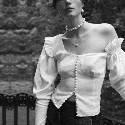 2018 épaule inclinée agaric dentelle manchette fermoir décoratif femmes chemises blanc blouse col en biais