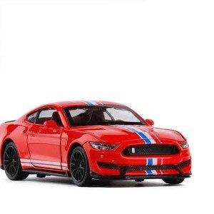 Image 4 - 1/32 Mustang Shelby GT350 Legierung Auto Spielzeug Modell EINE Modifizierte Auto Modell Pull Zurück Blinkende kinder Spielzeug Geschenk Freies verschiffen
