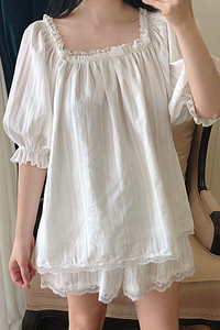 Image 3 - Sevimli kadın Lolita pijama setleri pamuk fırfır Tops + şort. Vintage bayanlar kız dantel pijama seti. Victoria pijama Loungewear
