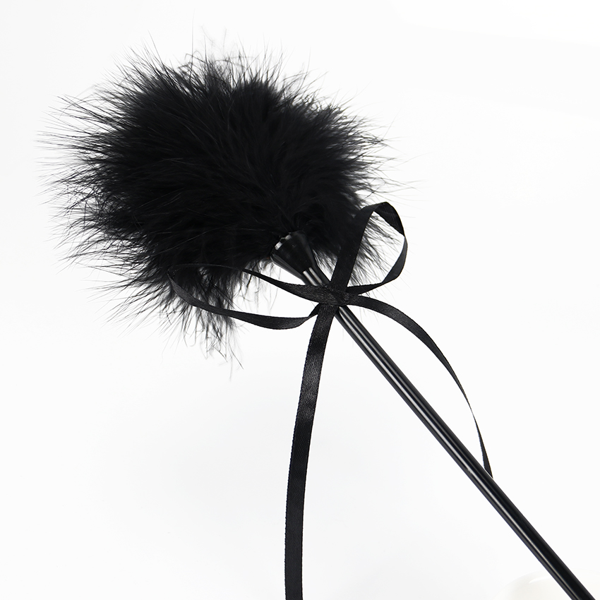 49cm-Leather-Fetish-Whip-Flogger-Feather-Flirting-Tickler-Sexy-Whip-Sex-Paddle-Whip-Sex-Products-Adults (1)