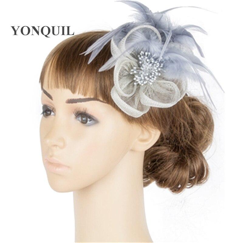 1b7a09209f5 Gris ou 21 Couleurs Élégant dames sinamay cheveux fascinators plume  chapeaux femmes course casque de cheveux accessoire chapeau de fête TMYQ083