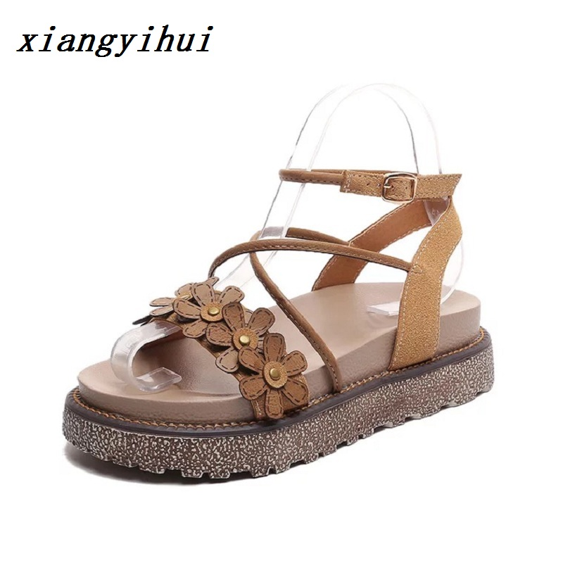 2018 Summer Flat Sandals Ladies Bohemia Beach Flip Flops Shoes Gladiator Women Shoes Sandles platform Zapatos Mujer Sandalias
