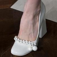 2018 Летняя женская обувь белый темперамент тонкие туфли женщина цепи из натуральной кожи квадратный каблук женские ботинки на высоком каблу