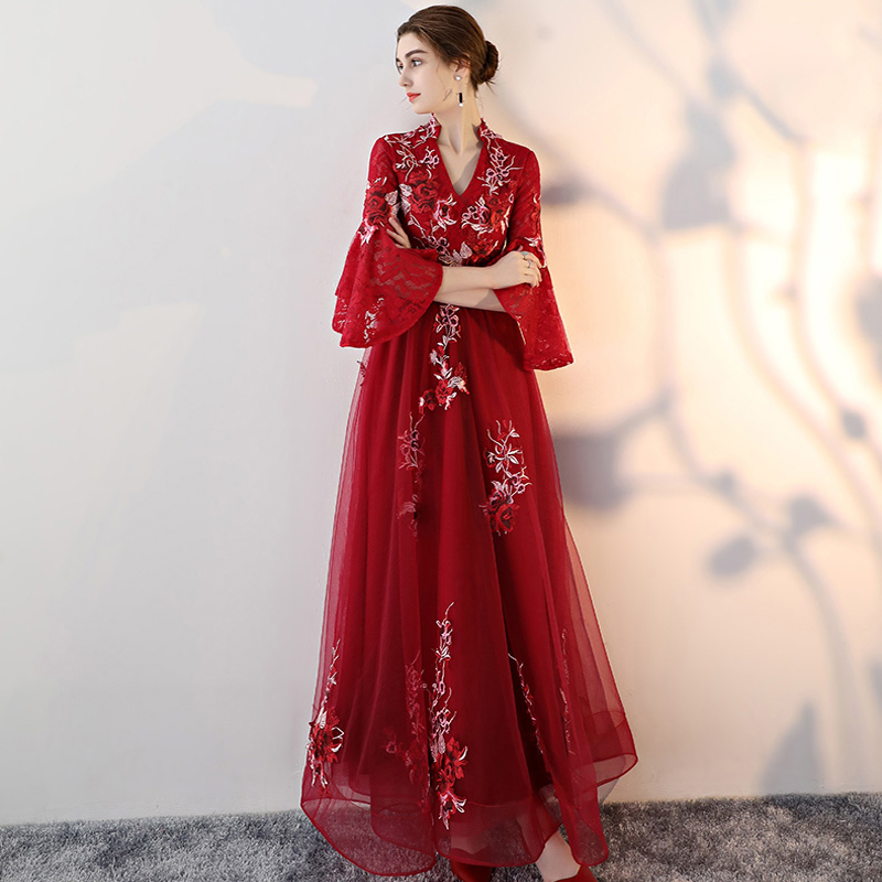 12baf1154fe New Embroidery Custom Color Plus Size Prom Dresses 2018 vestido de festa  Prom Dress Lace Long Dress Elegent vestido longo -in Prom Dresses from  Weddings ...
