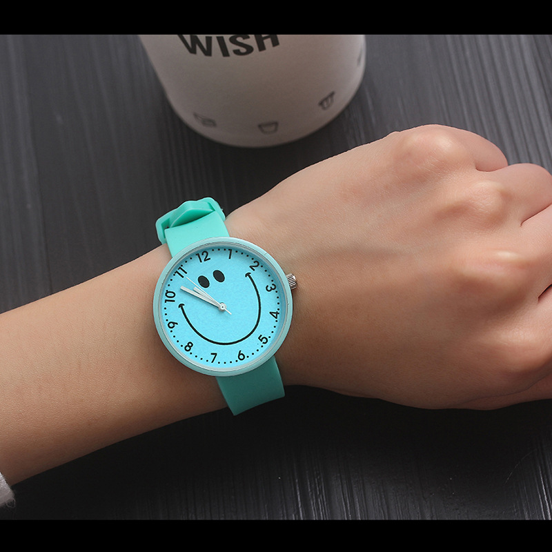 New Fashion Silicone Wrist Watch Women Watches Ladies 2018 Quartz Wristwatches For Woman Clock Female Hours Hodinky Montre Femme