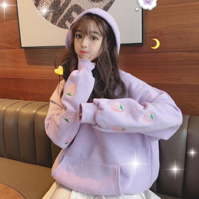 Harajuku Mode Plus Fluwelen Vrouwen Hoodies Leuke Aardbei Borduurwerk Hooded Student Sweatshirt Zoete Losse Vrouwen Truien