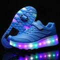 Crianças QUENTES Sapatos Moda Polka Dot Sapatos Casuais Com Um e Duas Rodas LED Roda Patins Menino & Meninas Sneakers